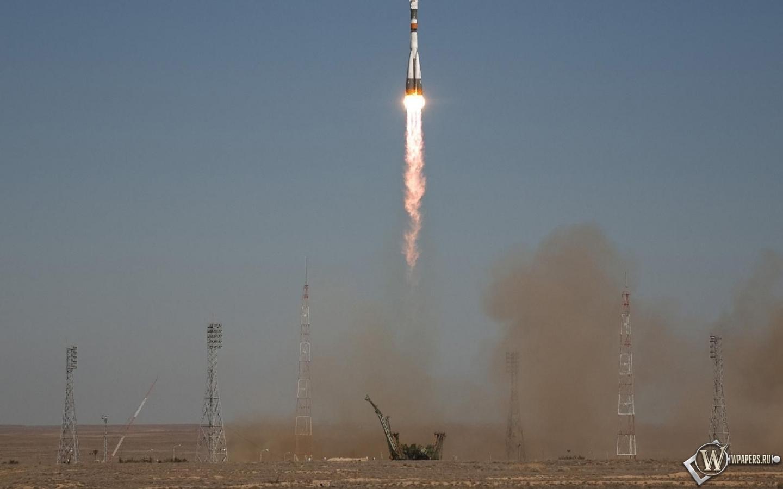 Запуск ракеты Союз ТМА-16 1440x900