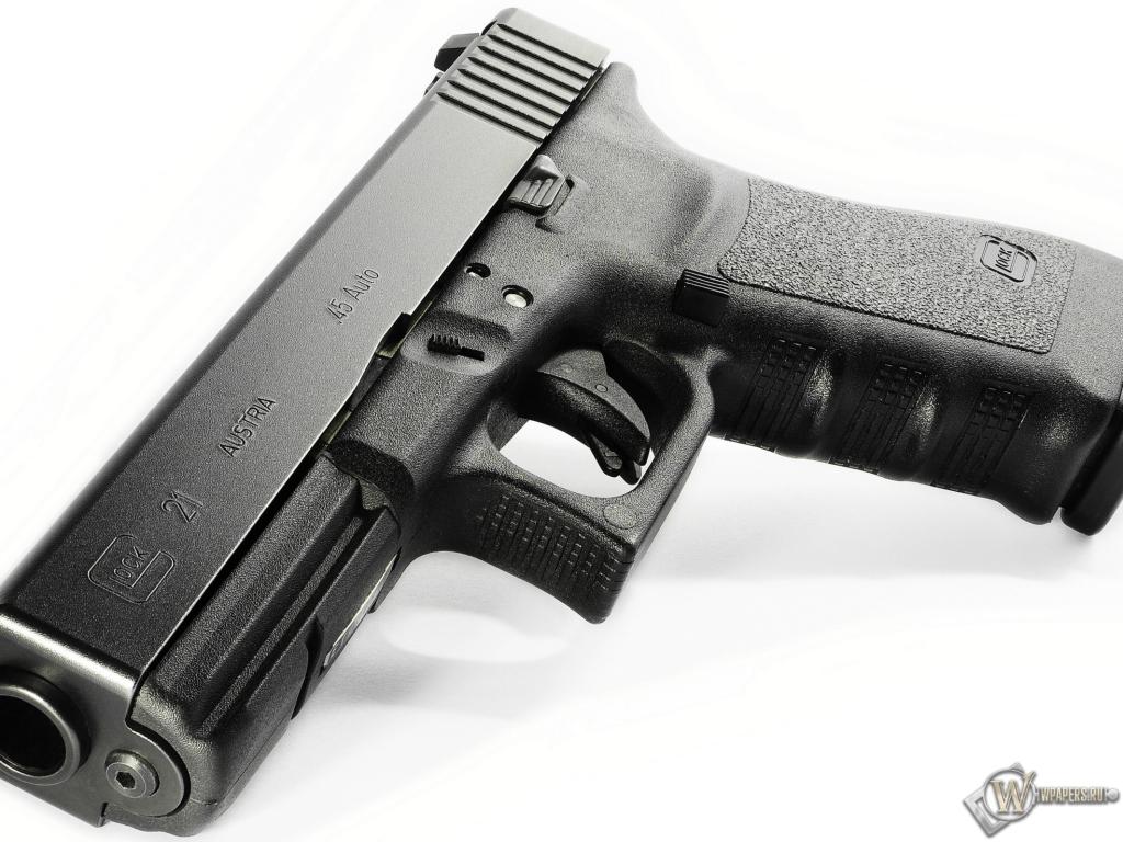 Glock 21 1024x768