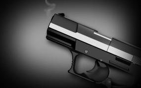 Обои Пистолет: Пистолет, Дымок, Оружие