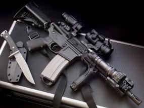 Обои Автомат с ножом: Оружие, Автомат, Нож, Оружие