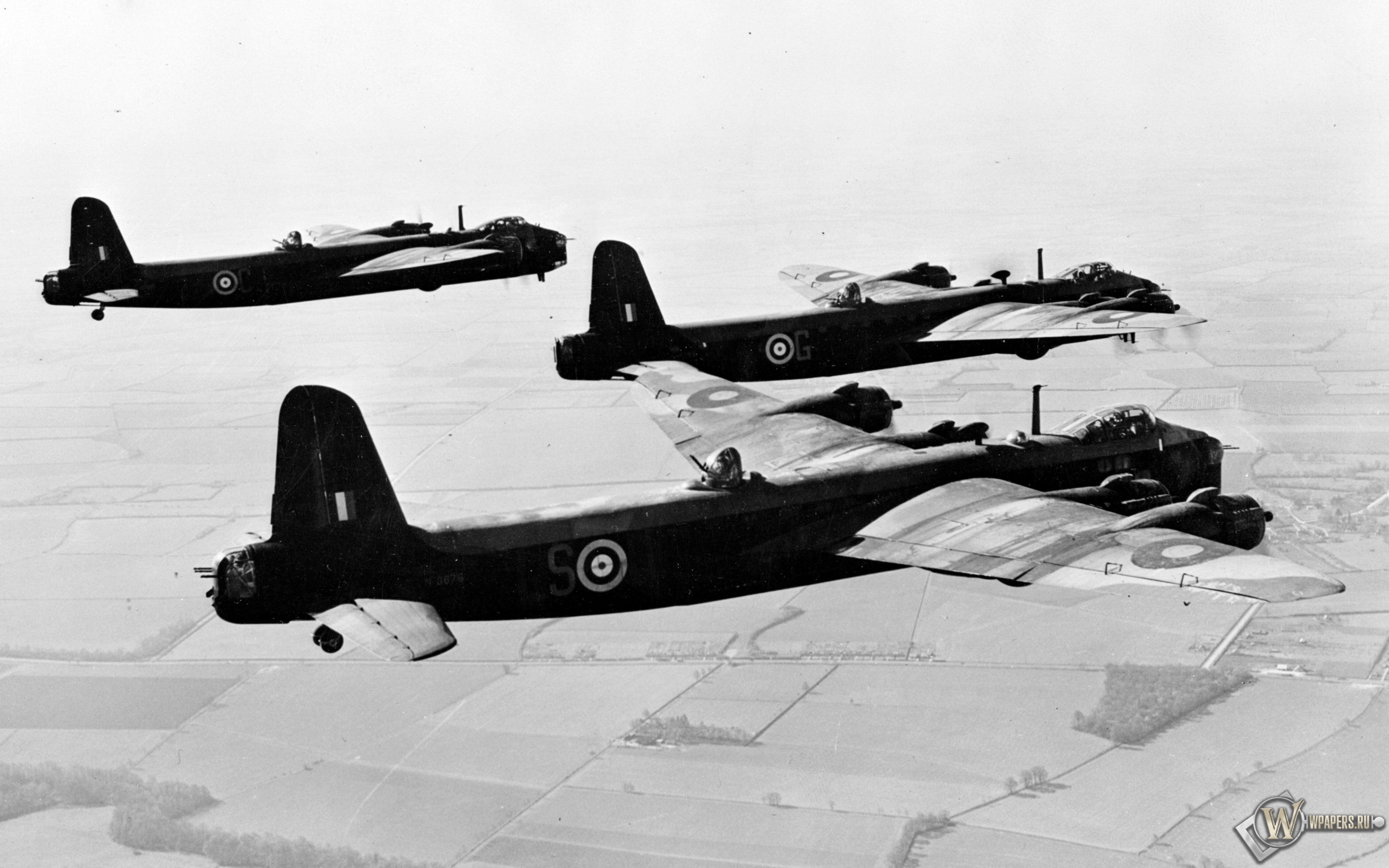 Short Stirling - британский бомбардировщик 3840x2400