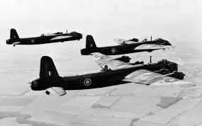 Обои Short Stirling - британский бомбардировщик: Самолёты, Бомбардировщики, Британия, Самолеты