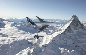 Обои Airbus A380: Горы, Небо, Самолёт, Самолеты