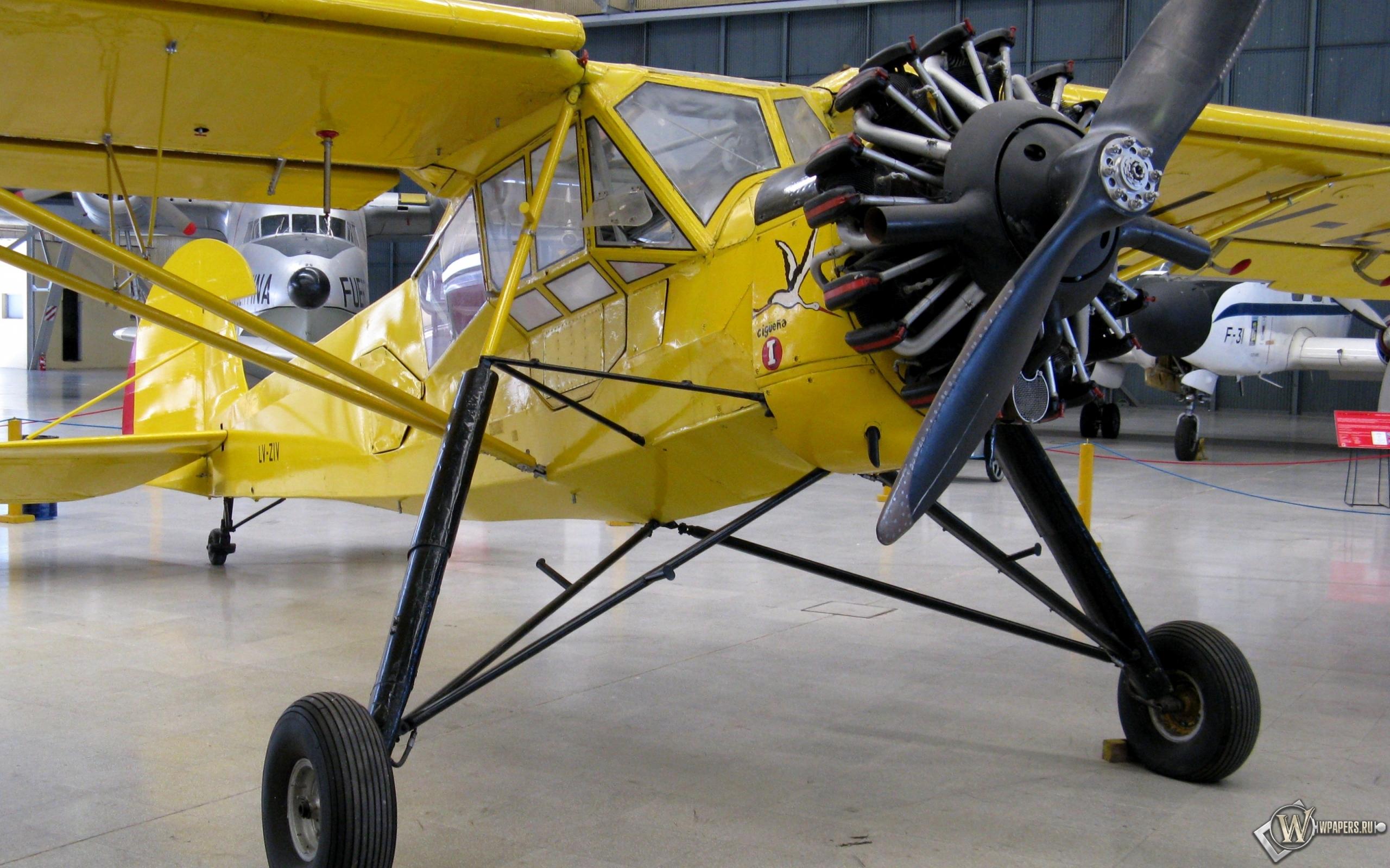 Fieseler Storch Fi-156 2560x1600