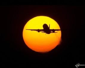 Обои Самолет на фоне солнца: Солнце, Самолёт, Самолеты