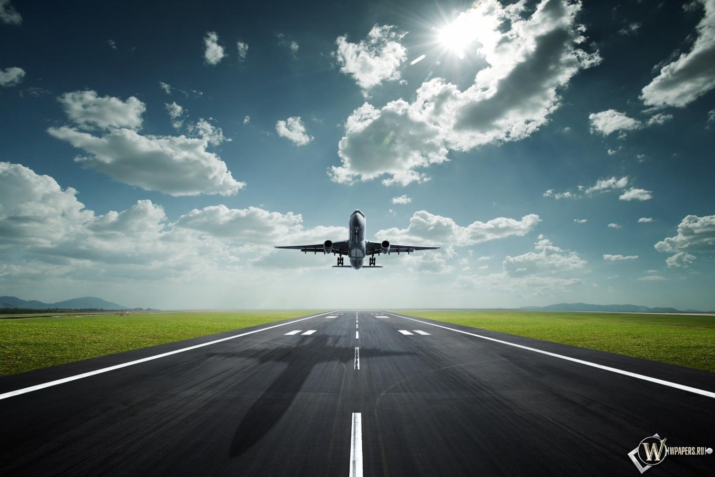 Взлет с аэропорта 1500x1000
