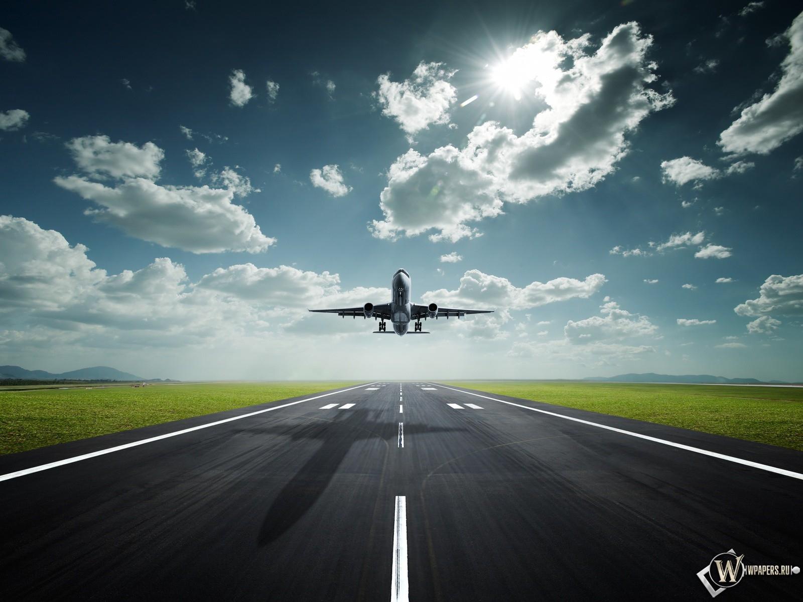 Взлет с аэропорта 1600x1200