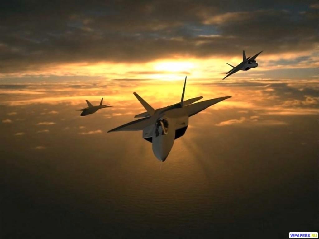 Три истребителя 1024x768