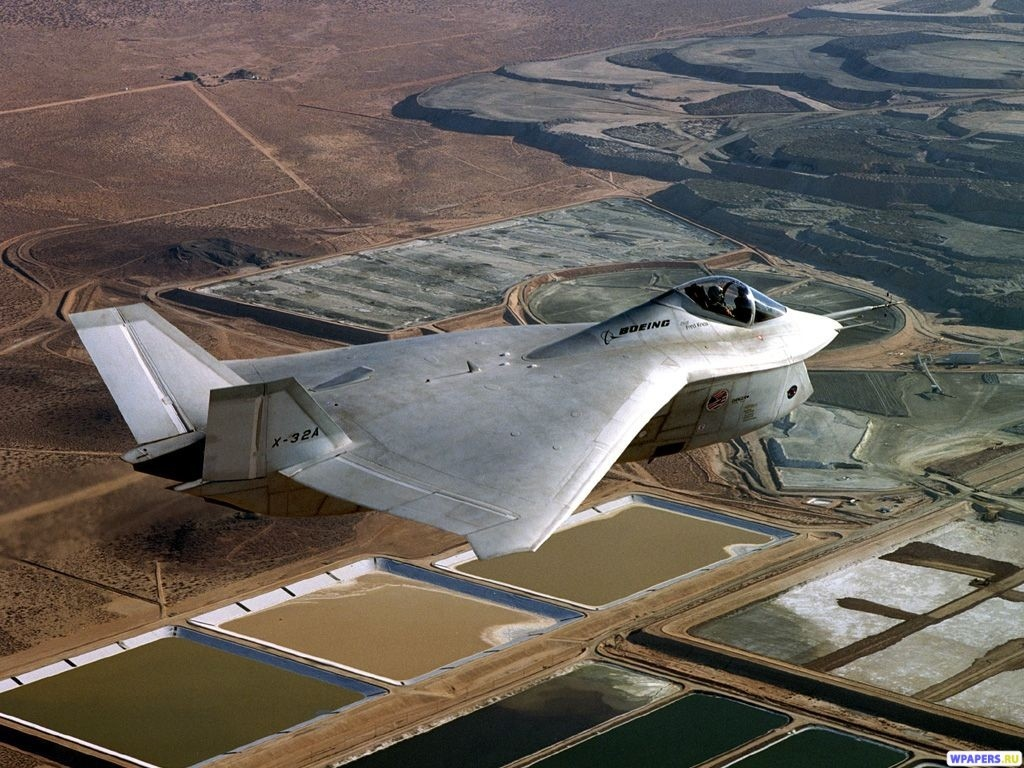 Истребитель X-32a 1024x768