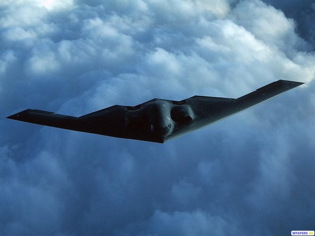 Бомбардировщик B-2 1024x768