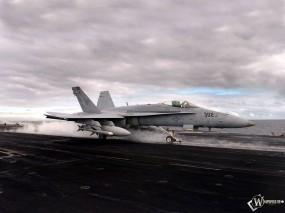 Обои Взлет истребителя F-18: Истребитель, Взлёт, F-18, Истребители