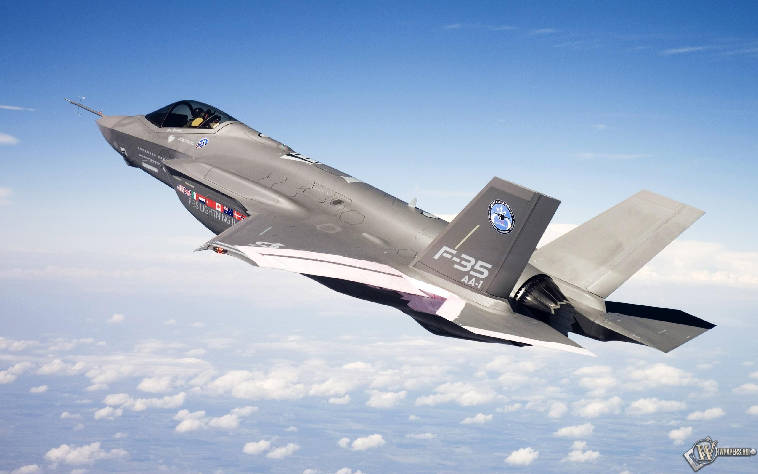 F-35 в полете 2560x1600
