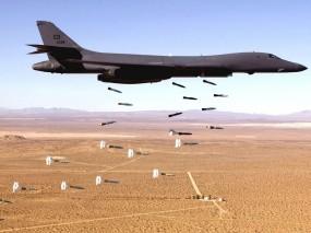 Обои B1 Lancer Стратегический бомбардировщик: Бомбы, Бомбардировщик, B-1, Истребители