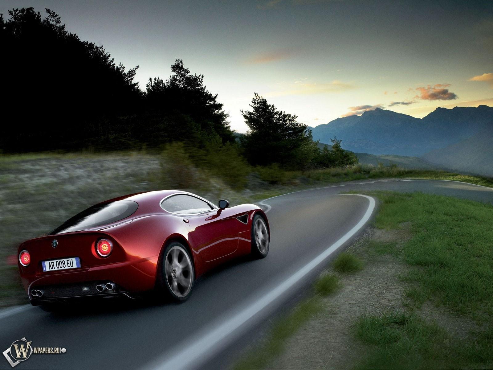 Alfa Romeo 1600x1200