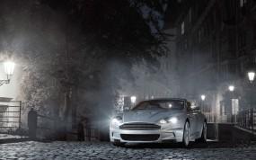 Обои Aston Martin: Астон Мартин, Ночной город, Фонари, Aston Martin DB9, Aston Martin