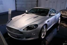 Aston Martin DB9 (2009)