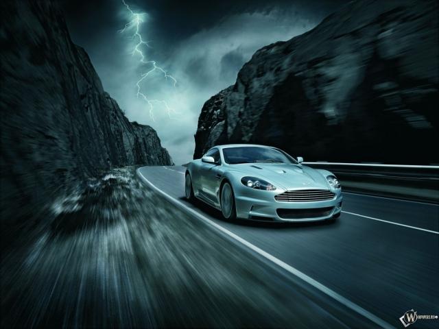 Aston Martin DBS (2007)