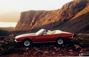 Обои Aston Martin V8 Vantage (1977): Кабриолет, Aston Martin Vantage, Aston Martin