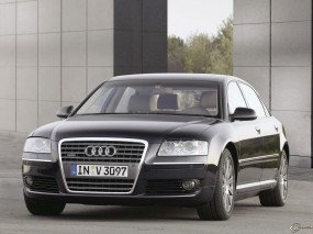 Audi A8 6.0 W12 Quattro Lang
