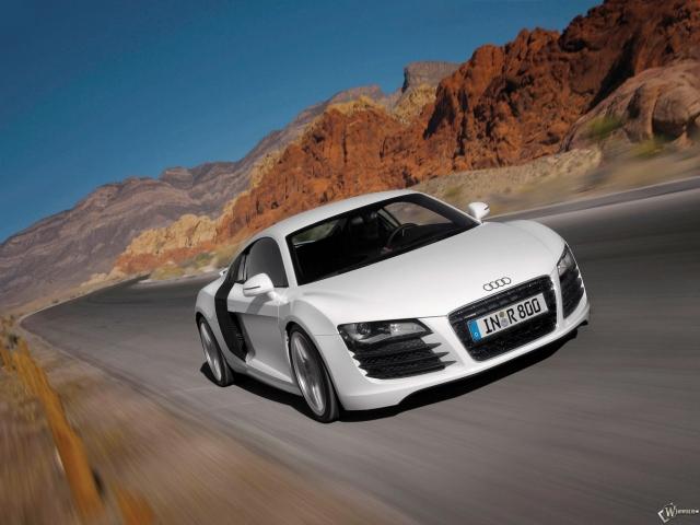 Audi - R8 (2007)