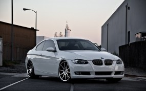 BMW 335i (E92) concept one cs 10