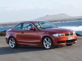 Обои BMW 1 - Series Coupe: BMW, Берег, Coupe, BMW 1, BMW