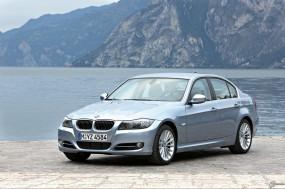 Обои BMW 3 - Series (2009): Берег, BMW 3, BMW