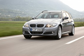 BMW - 3 Series Touring (2009)
