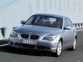 BMW - 5 Series (2004)