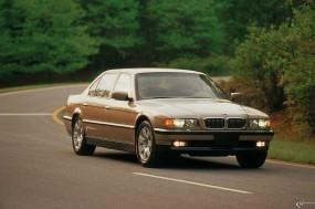 BMW - 7 Series (1999)