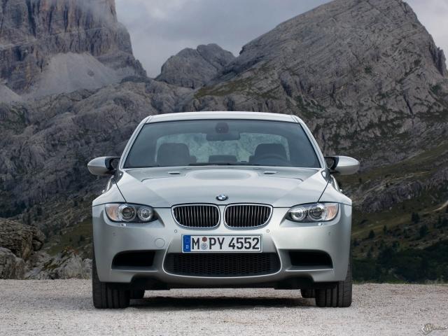 BMW - M3 Sedan