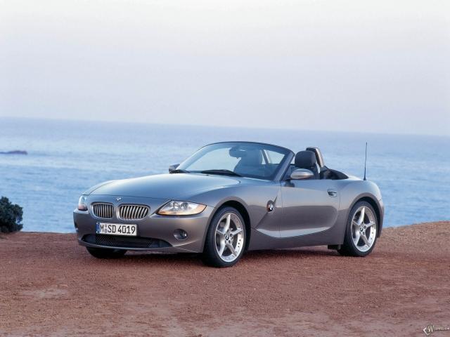 BMW - Z4 (2003)