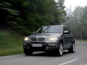 Обои BMW X5: Внедорожник, Скорость, BMW X5, BMW