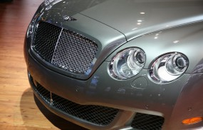 Обои Bentley 2010 Continental GTC Speed: Бэнтли, Решетка радиатора, Bentley Continental GT, Bentley