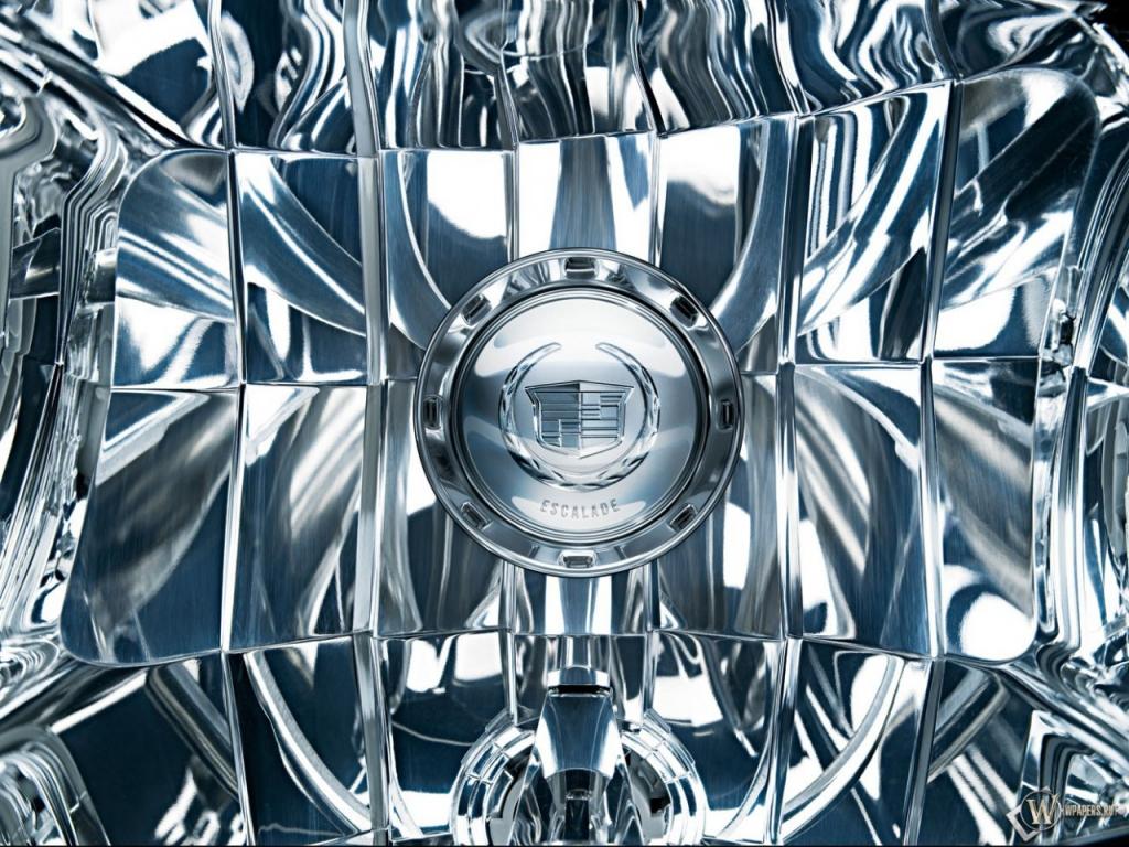 Фара от Cadillac Escalade 1024x768