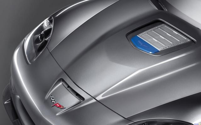 Капот Corvette