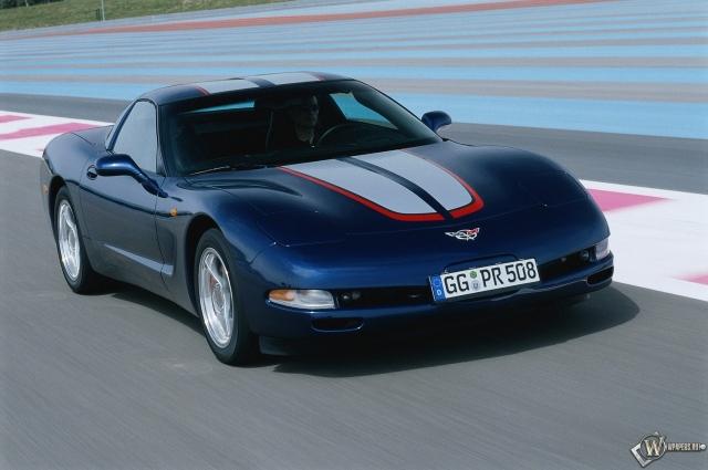 Chevrolet 2000-2004 Corvette