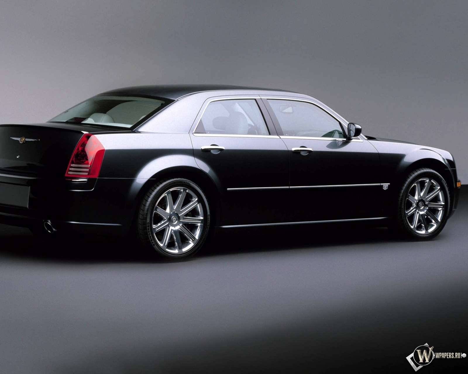 Chrysler 300C R10 1600x1280