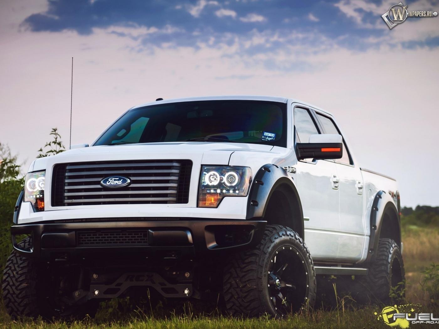 Ford 4х4 1400x1050