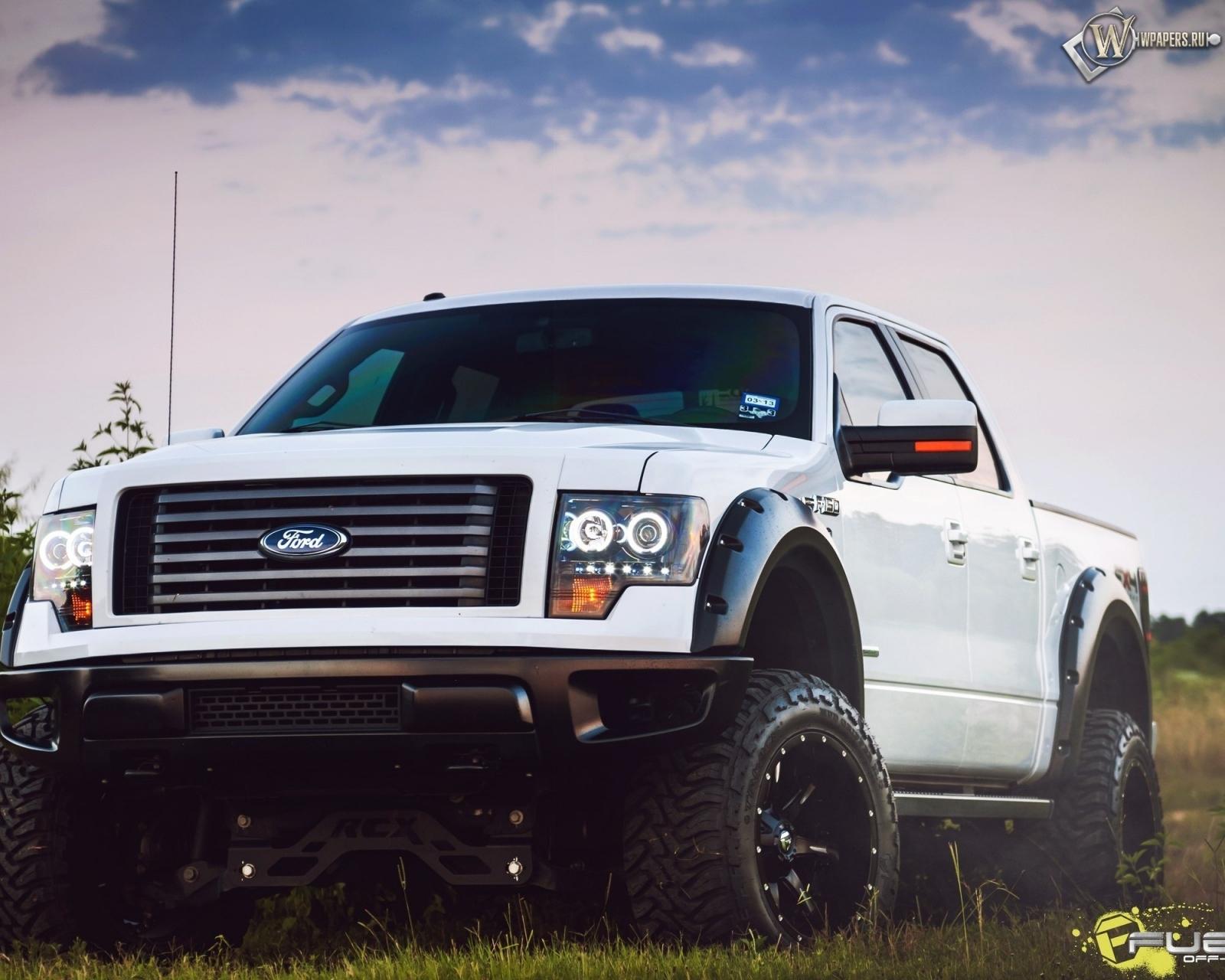Ford 4х4 1600x1280