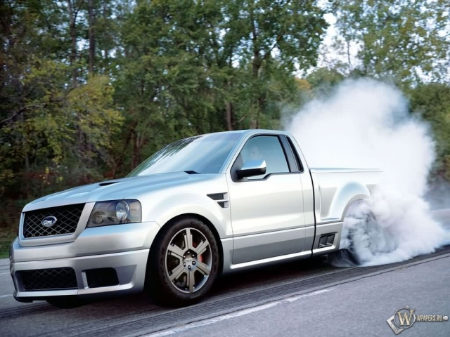 Ford F150 burnout