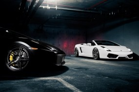 Обои Lamborghini Gallardo: Гараж, Lamborghini Gallardo, Lamborghini