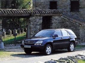 Обои Lexus RX: Замок, Lexus RX, Lexus