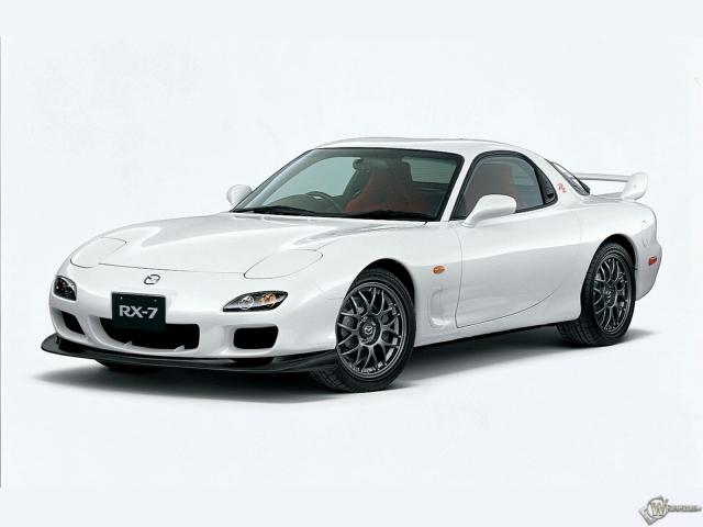 Белая Mazda RX-7