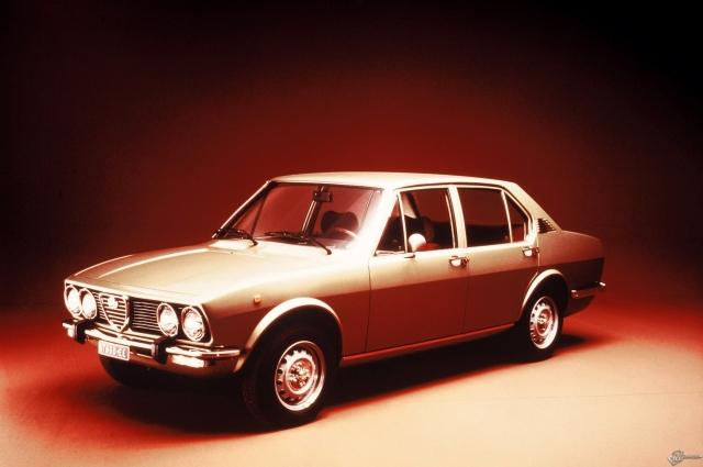 Alfa Romeo Alfetta (1975)