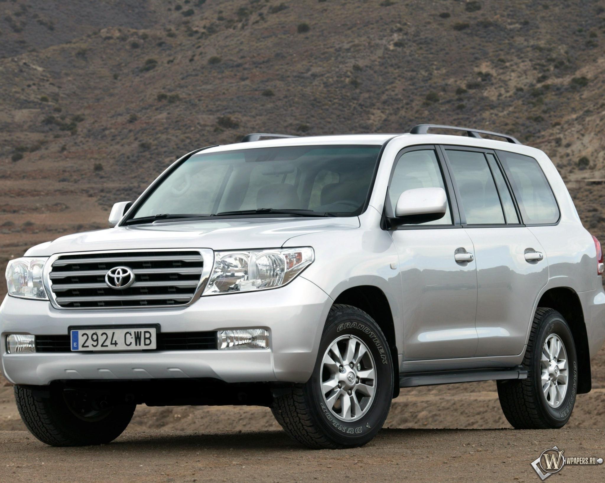 Toyota Land Cruiser 2048x1638