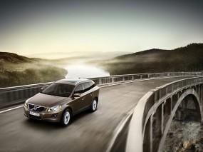 Обои Volvo XC60: Мост, Volvo XC60, Volvo