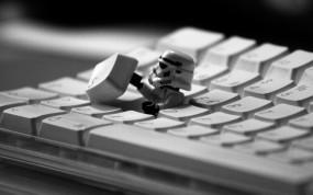 Обои Штурмовик из клавы: Штурмовик, Клавиатура, Star Wars, Компьютерные-Фэнтези