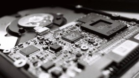Микросхема на накопителе HDD