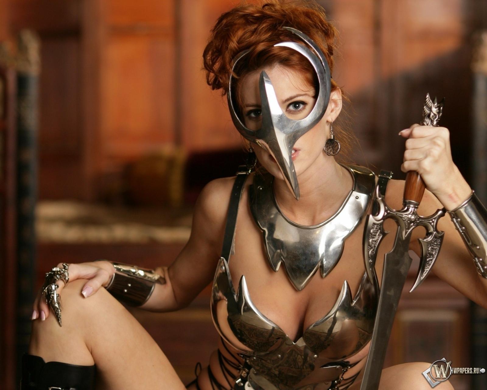 Девушка-воин 1600x1280